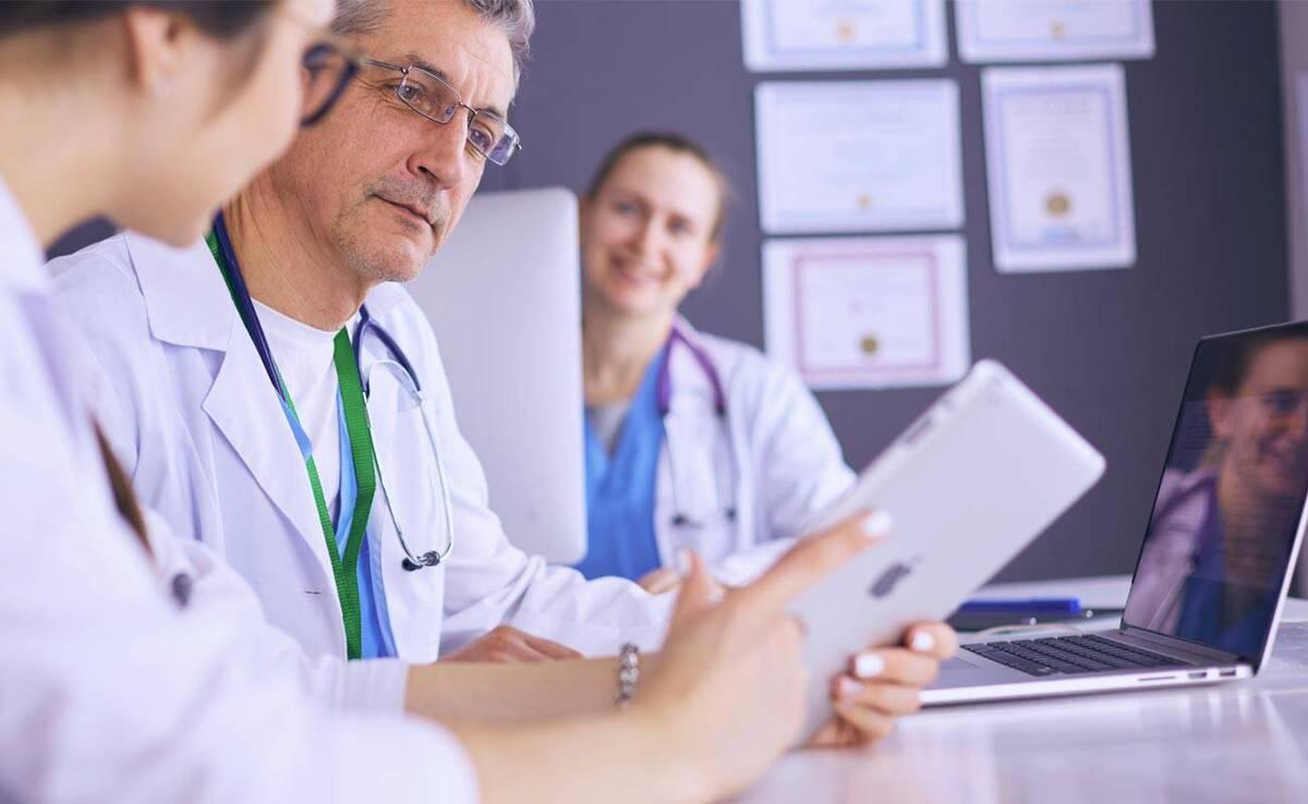hi_res_health-professionals-a0c2b34800c8433a8144a32961aeddfb_desktop_x++-1200x1200